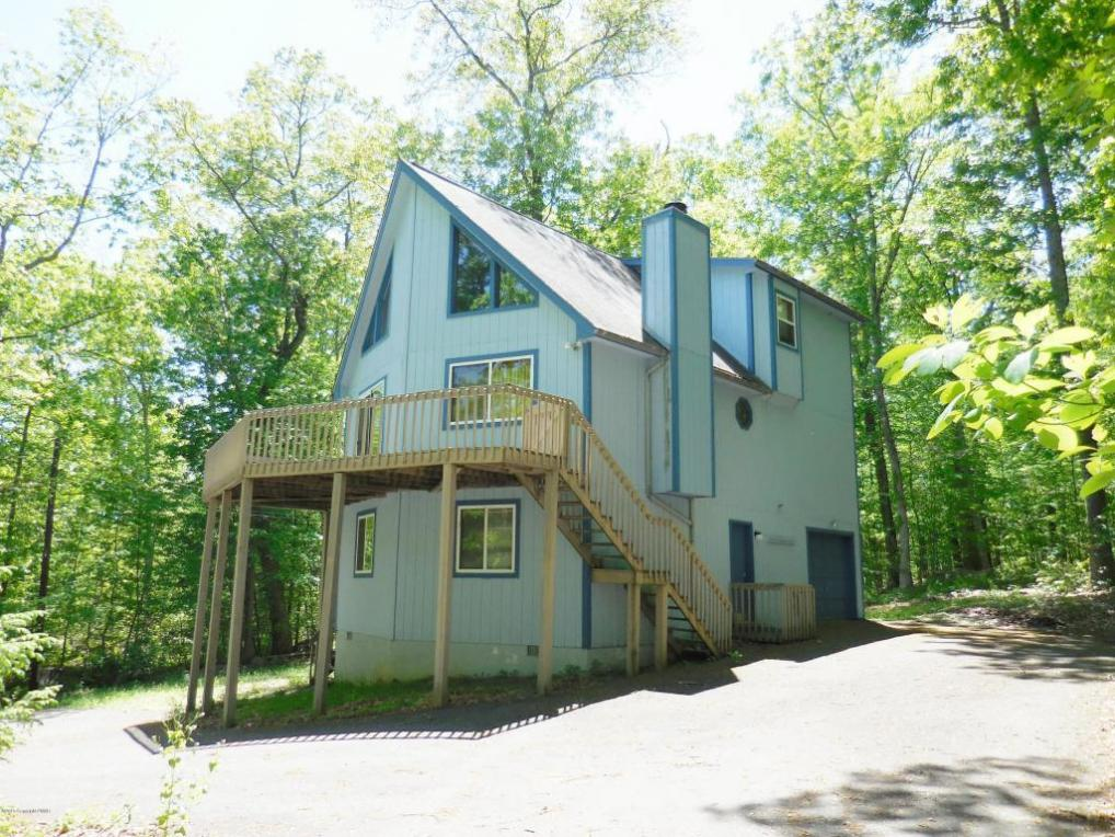 340 Timber Hill Rd, Henryville, PA 18332