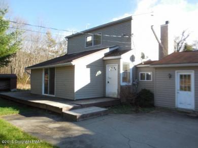 471 Lower Swiftwater Rd, Cresco, PA 18326
