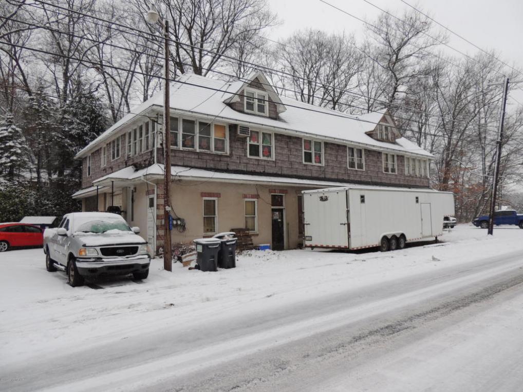 647 Silver Spring Blvd, Kunkletown, PA 18058