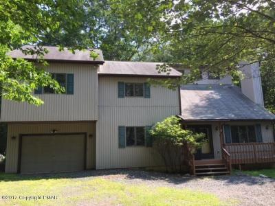 Photo of 101 Pineknoll Dr, Lake Harmony, PA 18624