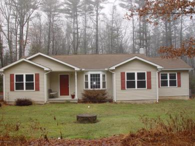 1256 Sherwood Forest Rd, Stroudsburg, PA 18360