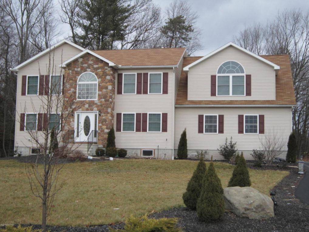1516 Eagles View Ct, Stroudsburg, PA 18360
