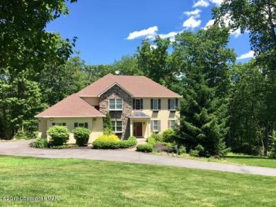 Photo of 25 Quail Run, Lake Harmony, PA 18624