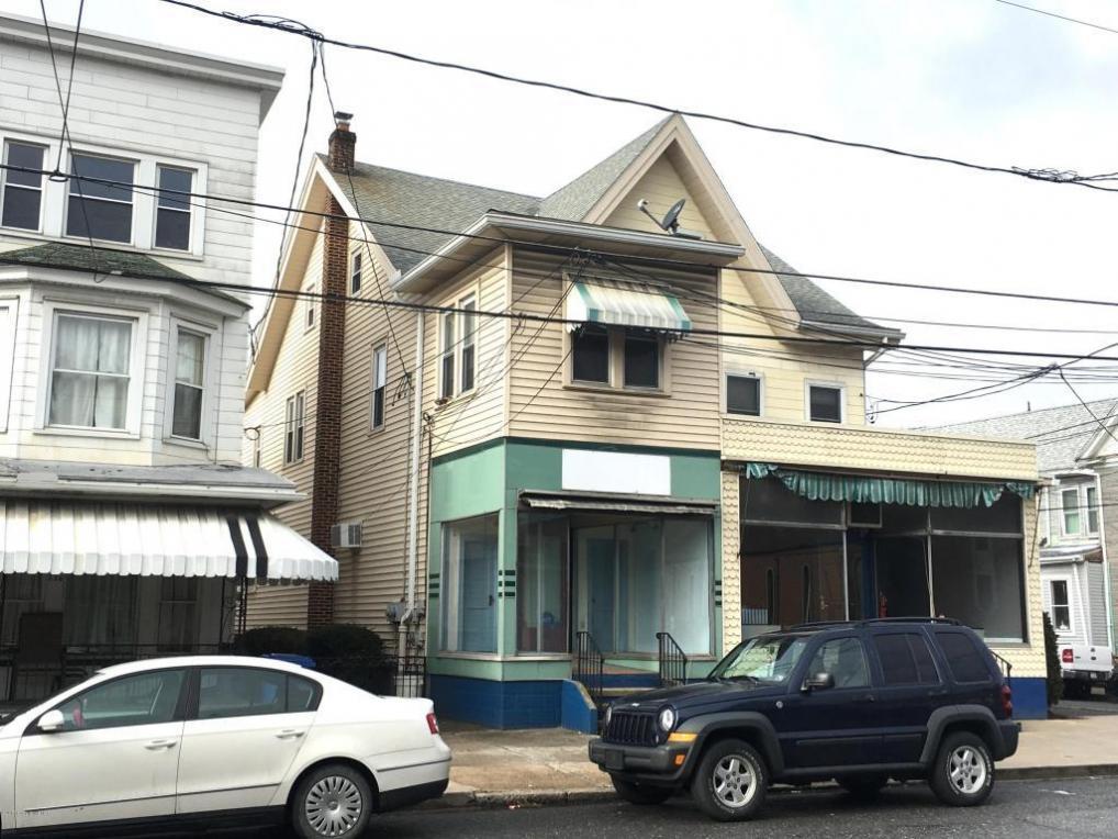 230 Pine Street, Tamaqua, PA 18252