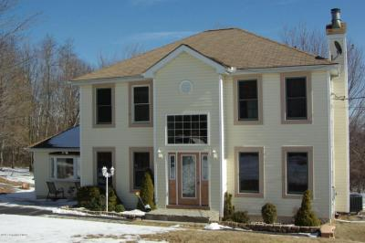 Photo of 120 Granite Rd, Long Pond, PA 18334