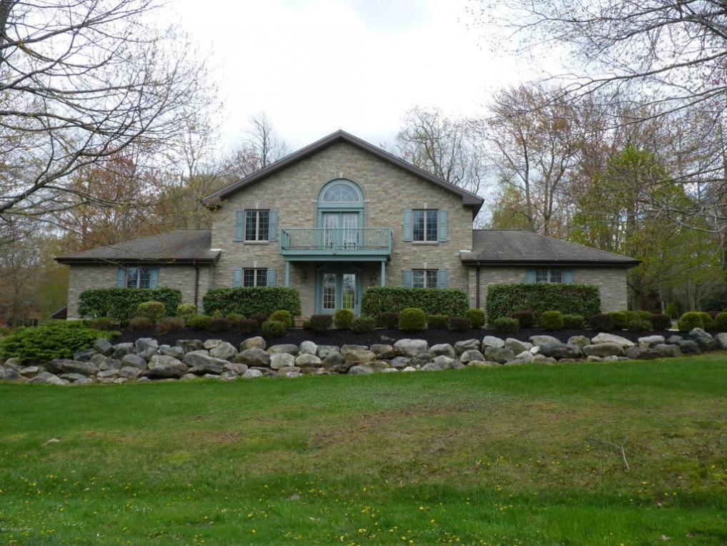 Lakefront Homes For Sale On Table Rock Lake MLS #PM-43987 - 40 Rock Ridge Road, Lake Harmony, PA 18624