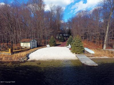 Photo of 299 Partridge Dr, Pocono Lake, PA 18347