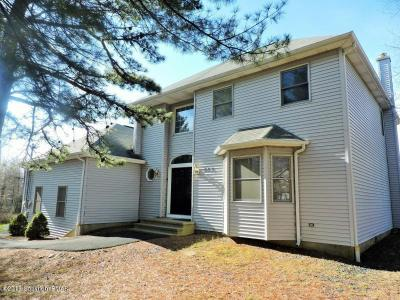 Photo of 669 Clearview Dr, Long Pond, PA 18334
