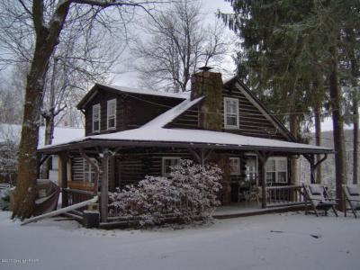 Photo of 9 Hartung St, Lake Harmony, PA 12864