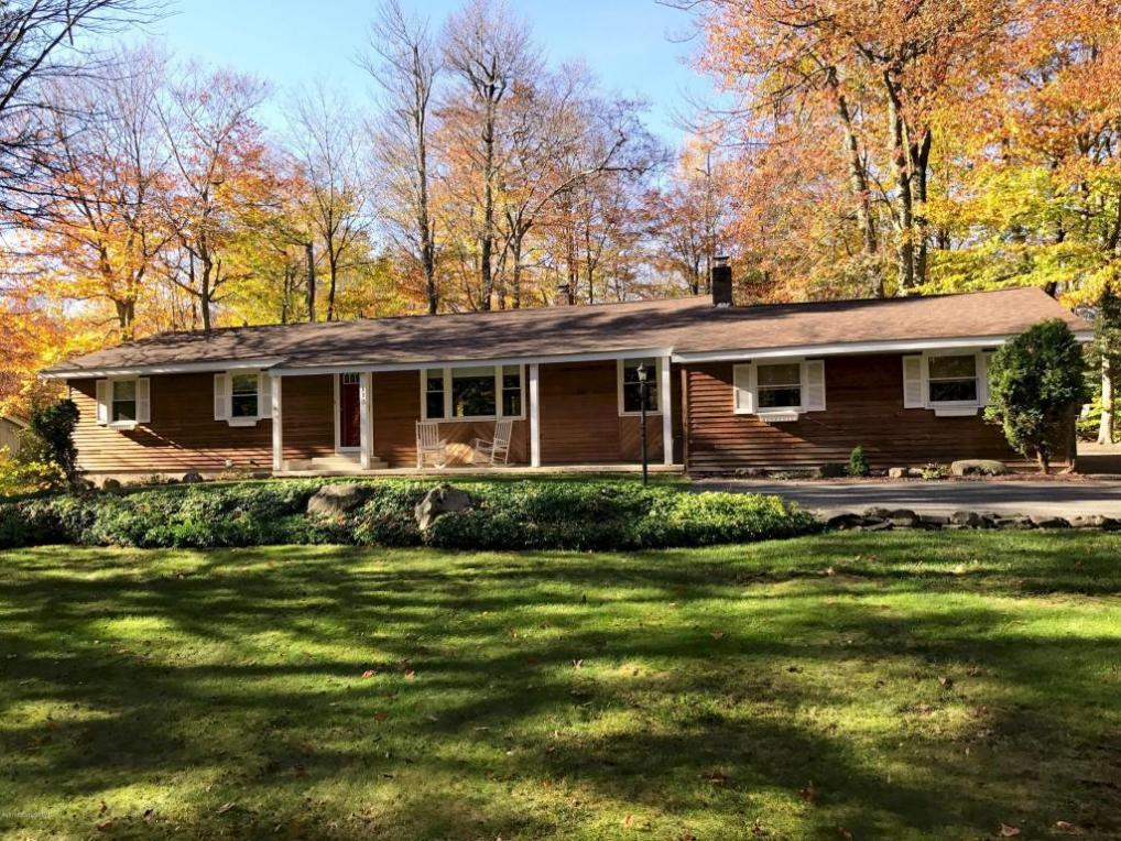 113 Pebble Beach Rd, Tobyhanna, PA 18466