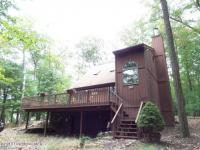 478 Moseywood Rd, Lake Harmony, PA 18624