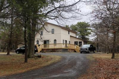 Photo of 118 Pecos Ter, Albrightsville, PA 18210