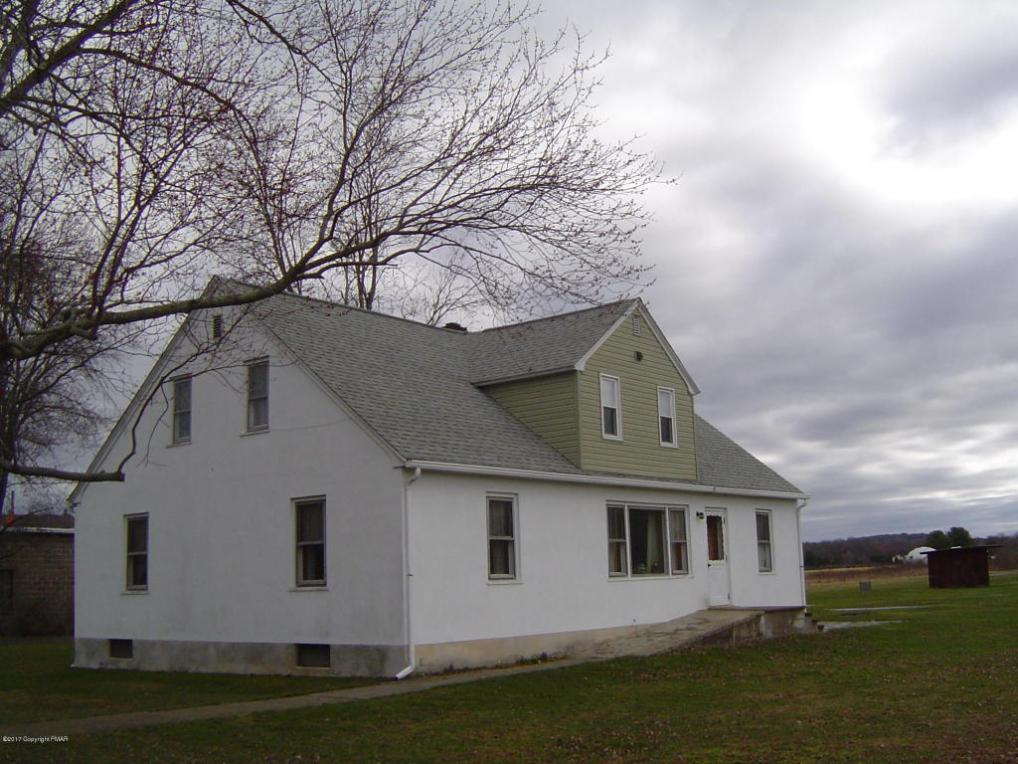 179 Airstrip Rd, East Stroudsburg, PA 18301