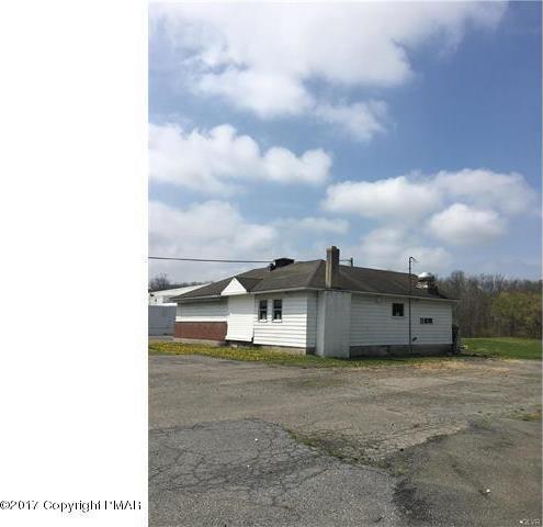 1566 Delaware Drive, Upper Mt Bethel, PA 18343