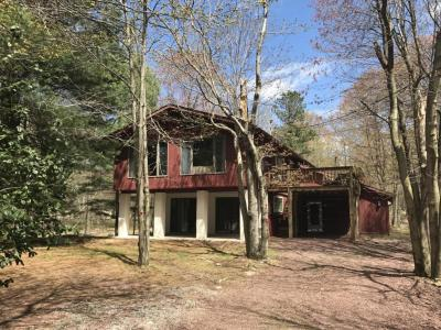 Photo of 349 Brier Crest Rd, Blakeslee, PA 18610