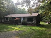 23 Foothill Rd, Albrightsville, PA 18210