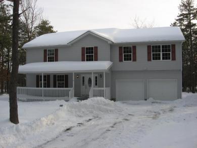 1457 Clover Rd, Long Pond, PA 18334