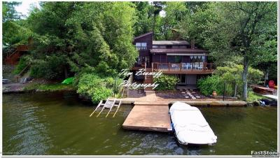 Photo of 122 S Lake (lakefront) Dr, Lake Harmony, PA 18624
