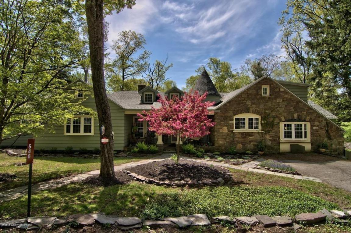 548 Pheasant Lane, Buck Hill Falls, PA 18323