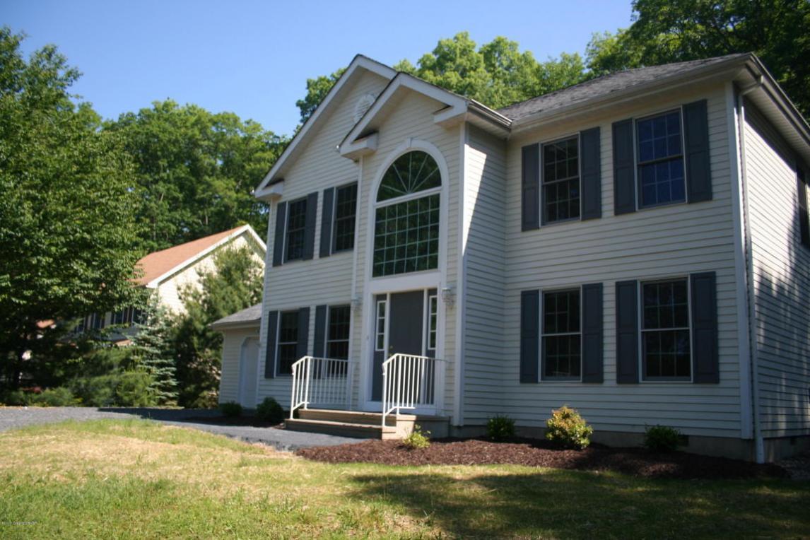 352 East Shore Dr, East Stroudsburg, PA 18301