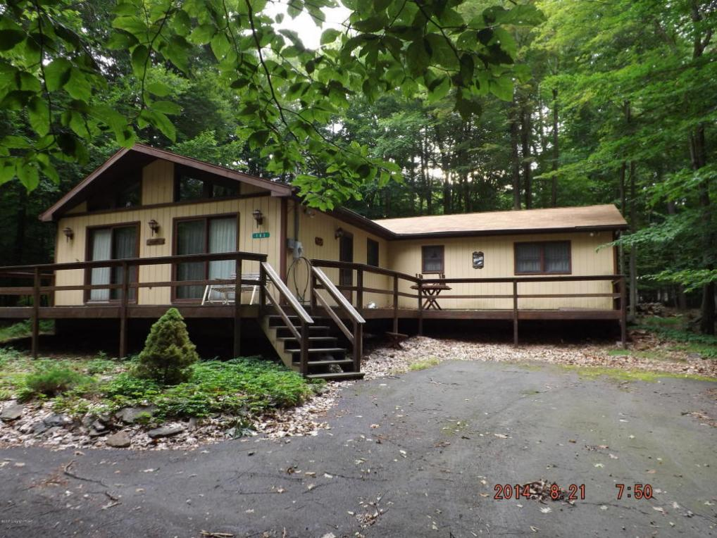 182 Elk Run Rd, Pocono Lake, PA 18347