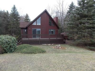 Photo of 112 Black Bear Pass, White Haven, PA 18661