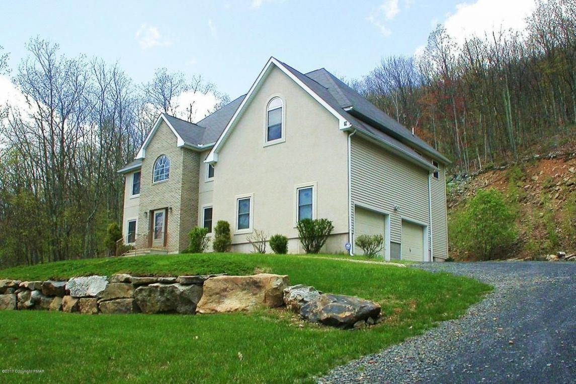 848 Lower Mountain Dr, Effort, PA 18330