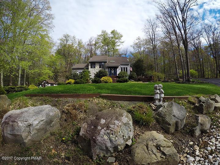 113 Spyglass Hill Rd, Tobyhanna, PA 18466