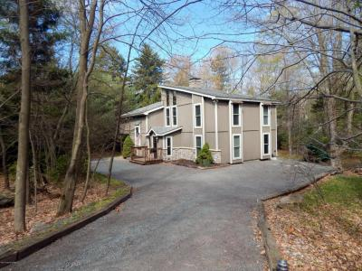 Photo of 339 Miller Drive, Pocono Pines, PA 18350