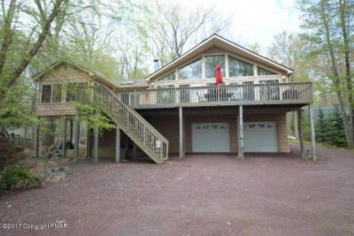 Photo of 293 Partridge Dr, Pocono Lake, PA 18347