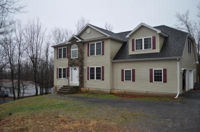 Photo of 23 Quincey Ln, Albrightsville, PA 18210