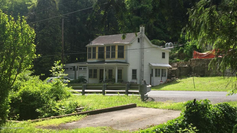 407 W Broadway, Jim Thorpe, PA 18229