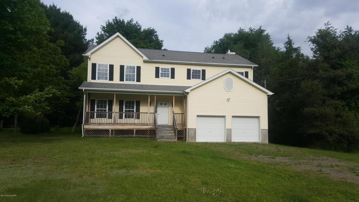 2259 Clearview Dr, East Stroudsburg, PA 18302