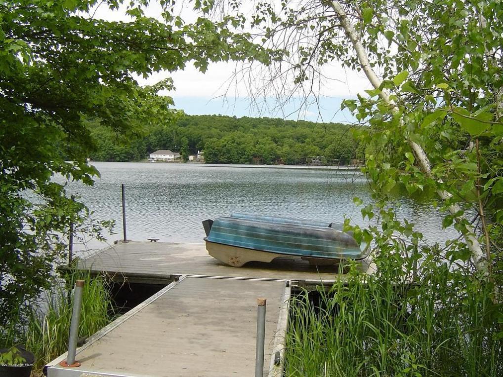 6385 E Lakeshore Dr, East Stroudsburg, PA 18302