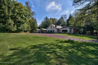 Photo of 171 Beaupland Rd, Bear Creek, PA 18602