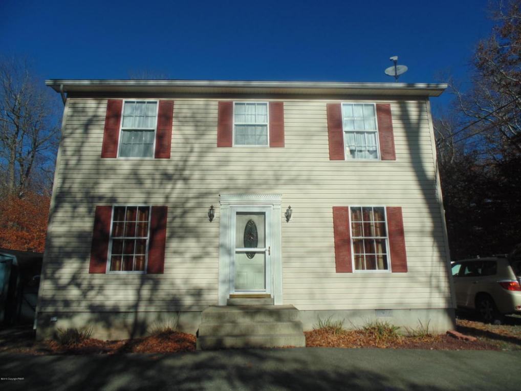 121 Amanda Ln, Tobyhanna, PA 18466