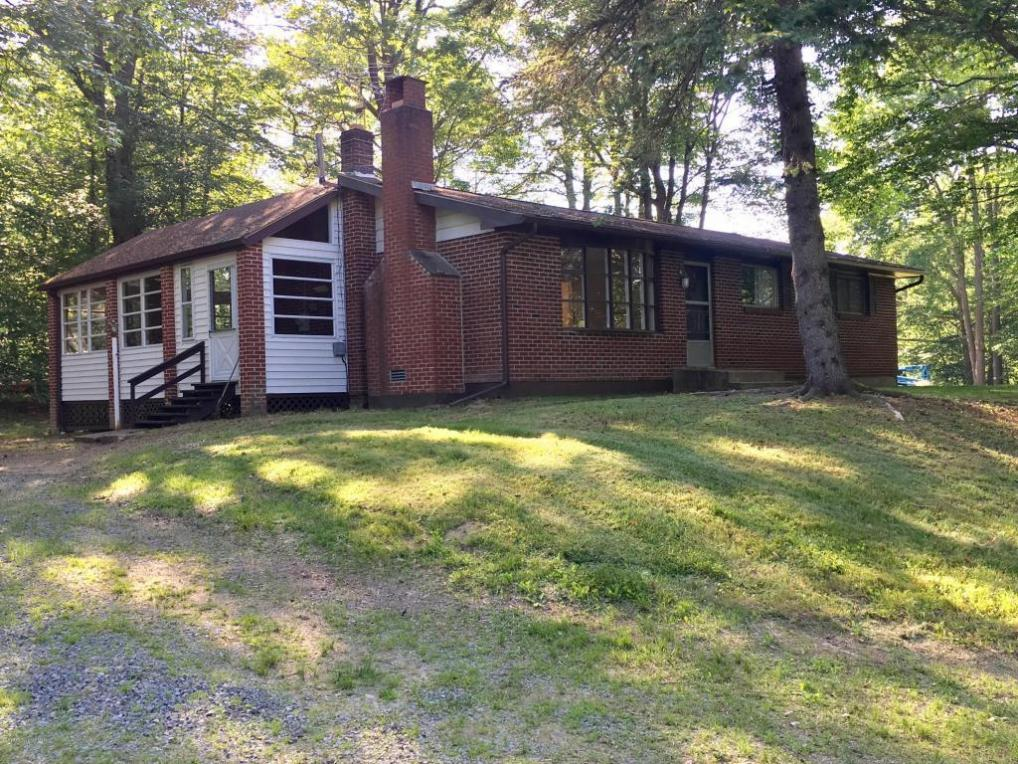 5520 Lincoln Place, Gouldsboro, PA 18424