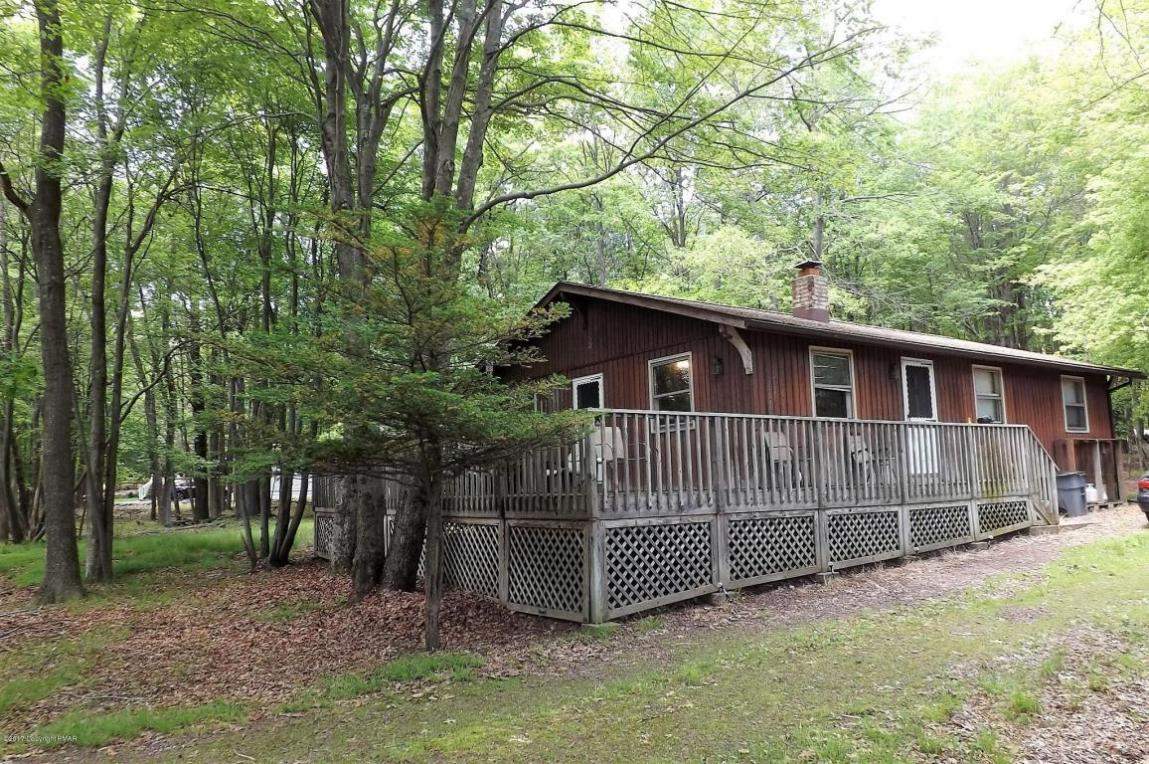 165 Maple Rd, Blakeslee, PA 18610