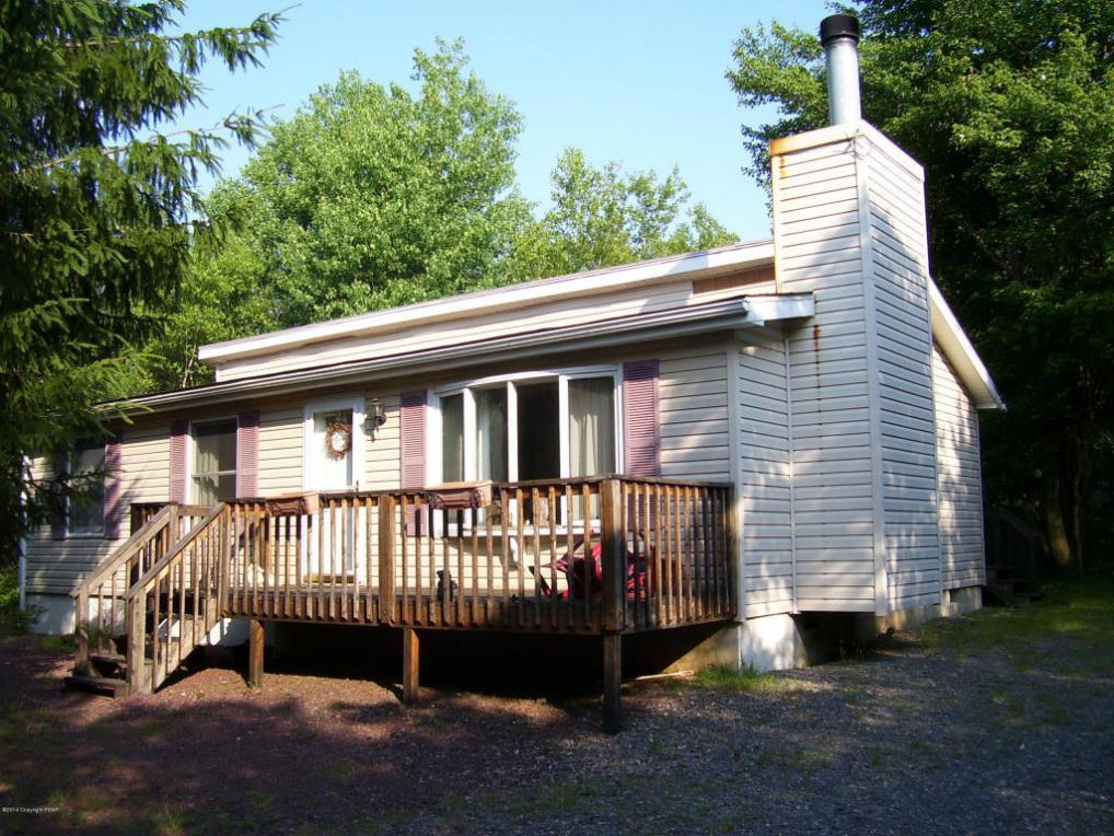605 Scenic Dr, Albrightsville, PA 18210