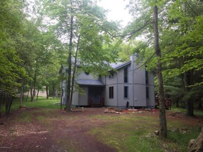 Photo of 50 Lupine Dr, Lake Harmony, PA 18624