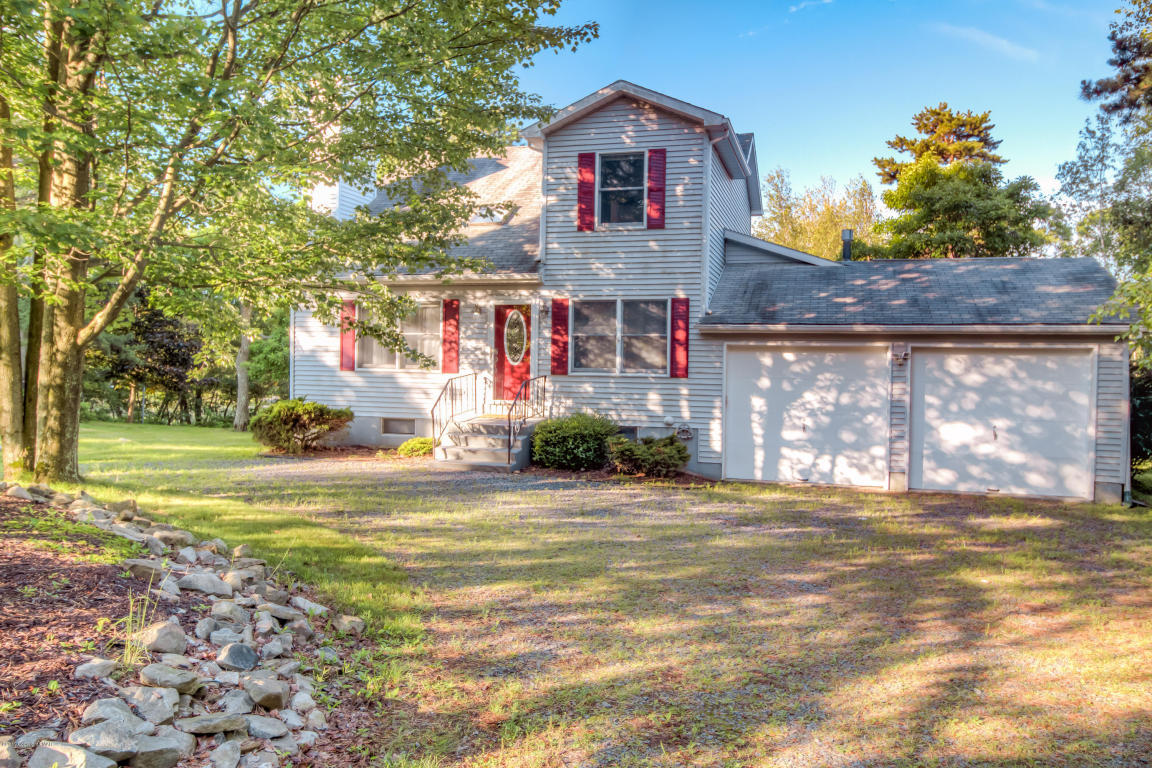 Mls pm 48371 112 island dr long pond pa 18334 for Long pond pa cabin rentals
