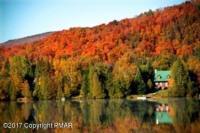 22 Bushkill Dr, Pocono Lake, PA 18347