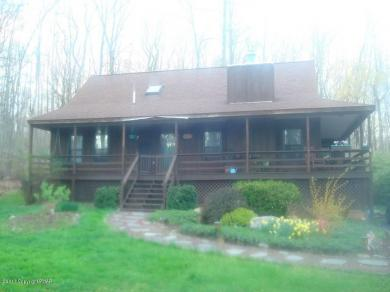 180 Williams Rd, Cresco, PA 18326