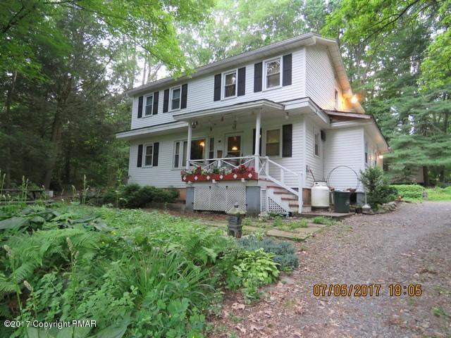 161 Spruce Woods Rd, Stroudsburg, PA 18360