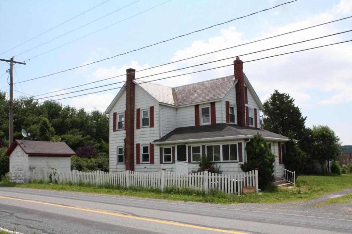 7590 Pohopoco Dr, Kunkletown, PA 18058