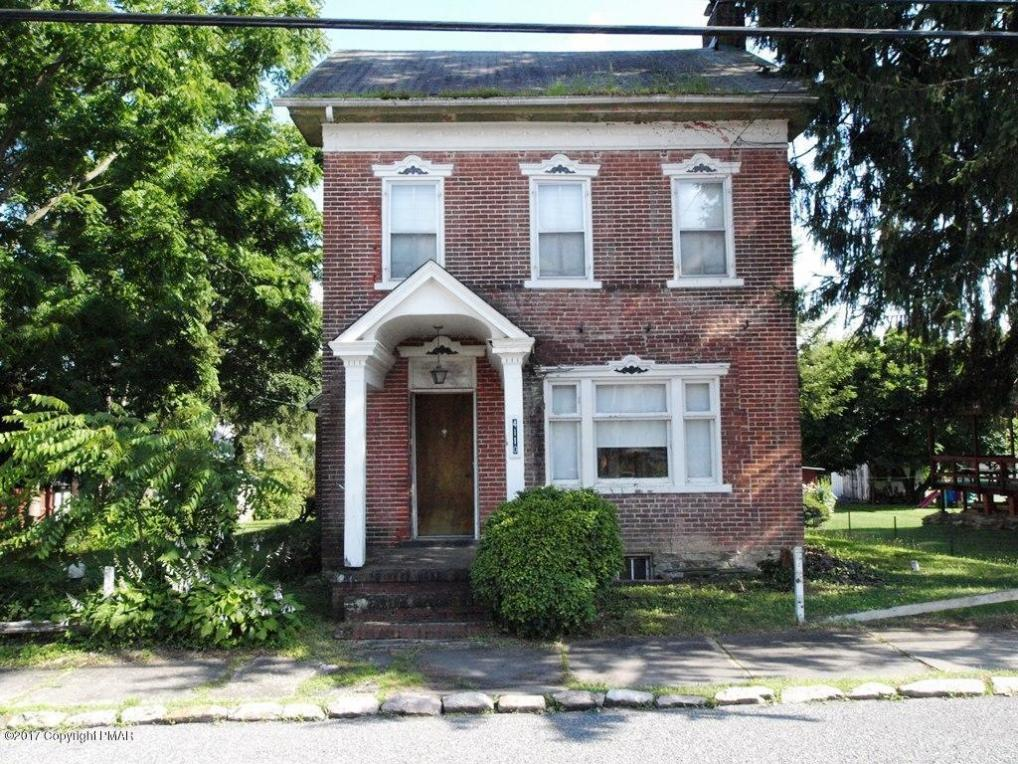 4110 Main St, Slatington, PA 18080