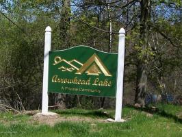 153 Skippack Ct, Pocono Lake, PA 18347