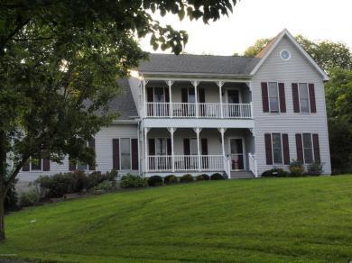 607 Little Mayfair Ct, Stroudsburg, PA 18360