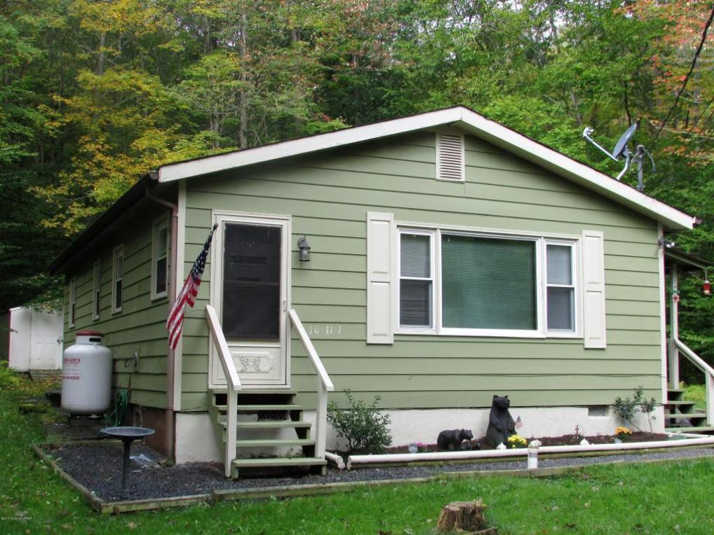 260 Delaware Trl, Pocono Lake, PA 18347