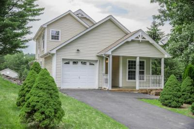 Photo of 227 Hawthorne Village Ct., East Stroudsburg, PA 18302